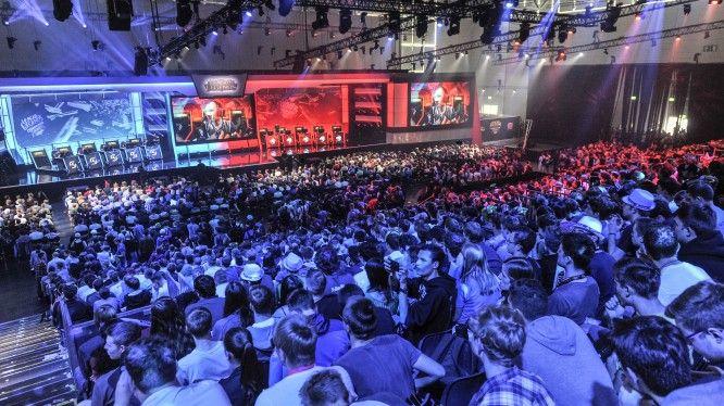 E- Sports, League of Legends (Riot Games), Halle 8